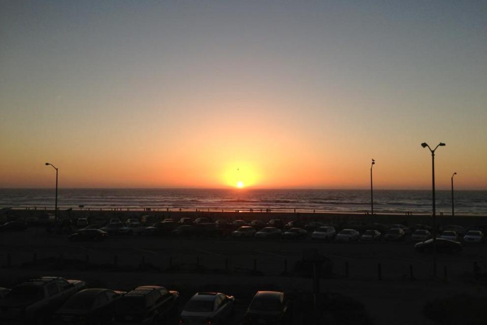 _54_990x660_201406020244.beach-chalet