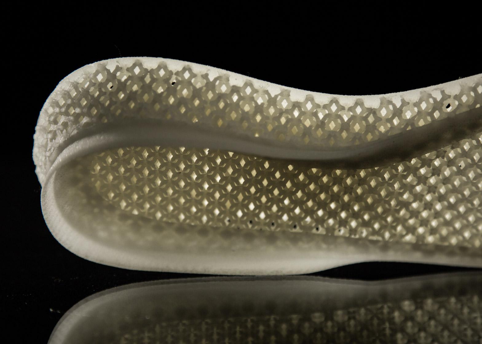 Future-Craft_Adidas_3D_dezeen_1568_13