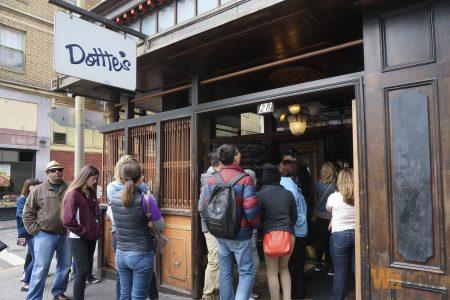 DottieΓÇÖs True Blue Cafe store - 1