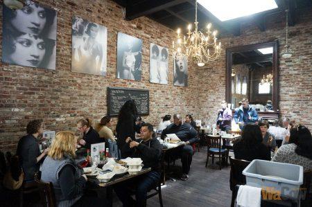 DottieΓÇÖs True Blue Cafe store - 6