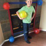 9岁男孩开心举办生日派对 当天却没有半个人出现…