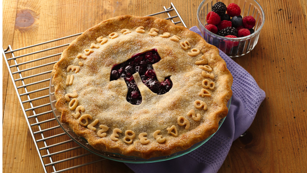 triple-berry-pi-day-pie_hero-PILLSBURY